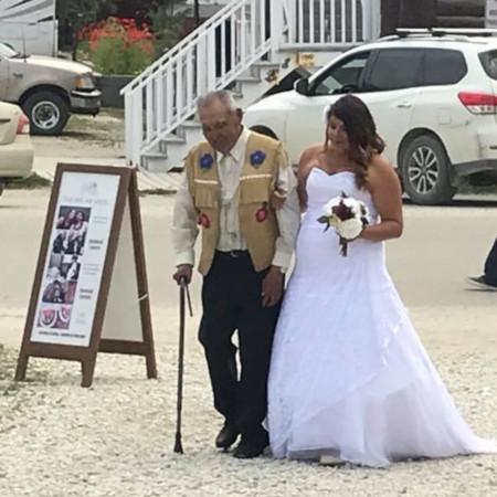 Elder escort for Tr'ondëk Hwëch'in bride